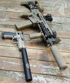 Business ends all quiet and all.  #gunsdaily #weaponsdaily #sickguns #merica…