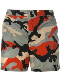 Shop Valentino camouflage swim shorts in Browns from the world's best independent boutiques at farfetch.com. Shop 400 boutiques at one address.