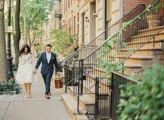 Photography : Shadi Boulos Photography Read More on SMP: http://www.stylemepretty.com/new-york-weddings/new-york-city/manhattan/greenwich-village/2014/11/27/romantic-nyc-highline-engagement/