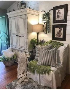 Country Farmhouse Decor, French Country Decorating, Modern Farmhouse, Farmhouse Style, Farmhouse Interior, Farmhouse Ideas, Modern Country, Country Chic, Room Wall Decor