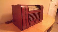 Beautiful Rare Art Deco 1946 Sonora Radio by VINTAGERADIOSONLINE, $175.00