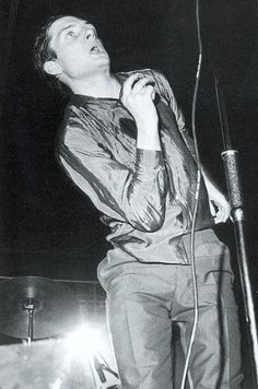 Photos of Joy Division and of their 'associates' : Ian Curtis Ian Curtis, Natalie Curtis, Joy Division, New Wave, Poker, Gothic Rock, Aesthetic People, Evan Peters, Music Icon