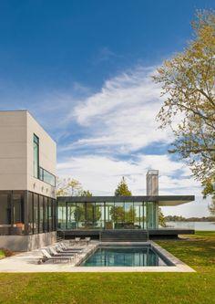 Architect Robert M. Gurney has designed the Tred Avon River House in Easton, Maryland. / TechNews24h.com