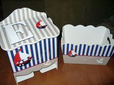 Pañalero y organizador con decoupage y apliques en fibrofacil, motivo marinero. Nautical Baby, Nautical Theme, Decoupage Wood, Kit Bebe, Painted Boxes, Baby Nursery Decor, Kids Furniture, Toy Chest, Baby Boy