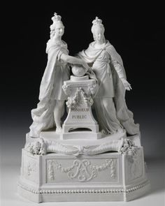 Porcelain statue of Louis XVI & Marie Antoinette in 1774 pledging to protect the people of France.