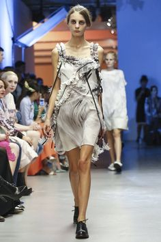 Giles Ready To Wear Spring Summer 2015 London