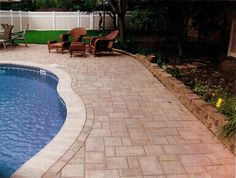 Swimming Pool Landscape Design - wall around landscape from pool deck