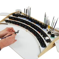 Professional model painting station - might be a nice gift for the groom :)