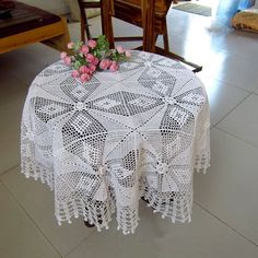 Make to Order  Round table cover for home от LynnLakeWorkshop, $79.00