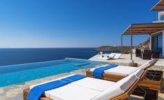 5 Star minimal deluxe villa with direct access to the sea, Akrotiri | Cretico