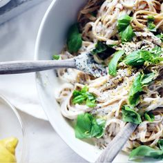 Lemon-Pepper Fettuccine Alfredo