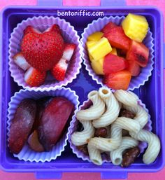 Gobbetti #pasta and #fruit #bento #vegan #plant based #lunchbox