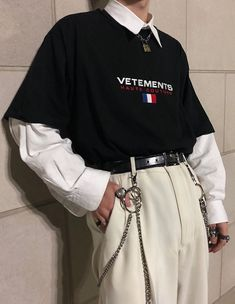 31 Ideas Fashion Women Shirts For 2019 Edgy Outfits, Retro Outfits, Mode Outfits, Grunge Outfits, Vintage Outfits, Fashion Outfits, 80s Fashion, Fashion Ideas, Simple Outfits