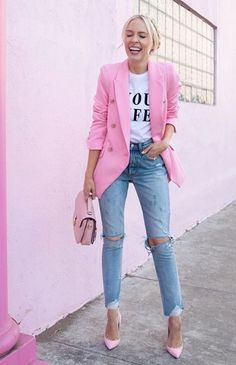 How to combine combina tacones rosas de buonarrotti con bolso rosa de sabaska on your outfits. discover outfit ideas, plan your outfits, and enjoy your Looks Chic, Looks Style, Casual Looks, Blazer Outfits, Chic Outfits, Pretty Outfits, Spring Fashion Outfits, Summer Outfits, Winter Fashion