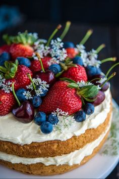 Eton Mess Cake - Inspired by the classic dessert, this cake combines crisp meringues, sweetened cream, fresh berries - layered between an airy sponge cake. No Bake Desserts, Just Desserts, Delicious Desserts, Yummy Food, Health Desserts, Food Cakes, Cupcake Cakes, Fruit Cakes, Mini Cakes
