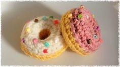 編んで楽しい、見て楽しいドーナツの編み方です。 【編み方動画】 https://youtu.be/HEXInHwedZ0 ↑ 作り方動画をまとめましたのであわせてご覧ください♪