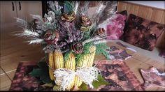 Jana Melas Pullmannová: Jesenná váza z kukurice Christmas Wreaths, Table Decorations, Halloween, Holiday Decor, Furniture, Youtube, Home Decor, Christmas Garlands, Homemade Home Decor
