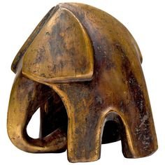 Abstract Bronze Elephant Sculpture View this item and discover similar animal sculptures for sale at - Fabulous abstract bronze sculpture of an elephant with mottled etching that is not only handsome but a heavy chunk of bronze. Signed E on lower back Elephant Sculpture, Sculpture Clay, Abstract Sculpture, Bronze Sculpture, Metal Sculptures, Elephant Love, Elephant Art, Sculptures For Sale, Animal Sculptures