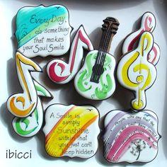 Cut Out Cookies, Cute Cookies, Cupcake Cookies, Sugar Cookies, Cookies Et Biscuits, Cupcakes, Music Cookies, Music Maniac, Dance Themes