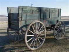 Antique John Deere Studebaker IH Wooden wheel Farm Wagons for Sale Horse Wagon, Horse Drawn Wagon, Wooden Wagon, Wooden Wheel, Wagon Trails, Wagons For Sale, Old Wagons, Covered Wagon, Pony Drawing