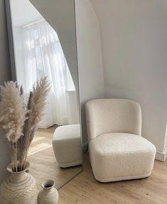 Room Ideas Bedroom, Home Decor Bedroom, Room Ideias, Aesthetic Room Decor, My New Room, Minimalist Home, House Rooms, Home Decor Inspiration, Home Interior Design