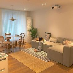 Aesthetics but sometimes fragile, the wood delivers its charm in our interior - to us to return the favor during its cleaning. Home Room Design, Living Room Designs, Living Room Decor, House Design, Zen Furniture, Apartment Interior, House Rooms, Cozy House, Decoration