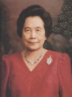 King Thai, Queen Sirikit, Royal Jewelry, Fashion Ideas, Thailand, The Past, History, People, Royal Jewels