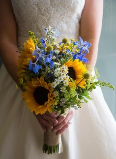 A summary blue, yellow and white wedding bouquet. A gorgeous Scottish castle wed… A summary blue, yellow and white wedding bouquet. A gorgeous Scottish castle wedding at Wedderburn Castle, near Edinburgh, Scotland. Wedding Flower Guide, Yellow Wedding Flowers, White Wedding Bouquets, Flower Bouquet Wedding, Wedding Colors, Wedding White, Yellow Weddings, Wedding Ideas, Wedding Poses