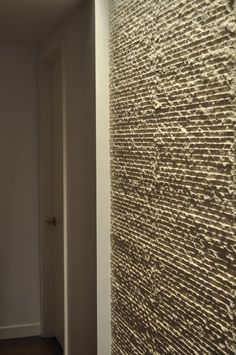 I love textured walls