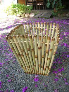(5) Thalentus - Arte em Bambu Bamboo Sofa, Bamboo Art, Bamboo Crafts, Bamboo Fence, Wood Crafts, Diy And Crafts, Bamboo Panels, Bamboo Structure, Bamboo Architecture