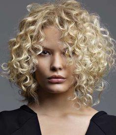 Kinky Blond Curls