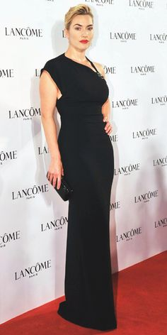 Classic Kate Winslet...Ralph Lauren asymmetrical. Curvy beauty!