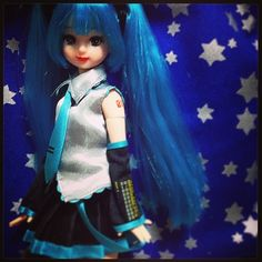 リップも赤を強めにしてみました。 #Girlish #Culture #japan #dollphotography #doll #instadoll  #dolly #リカちゃん #licca #takara #liccachan #licca_chan #liccadoll #人形 #azone #Pureneemo #Flection #miku #mikudoll #hatsunemiku #初音ミク