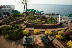 This Secluded Beachfront Restaurant In Ohio Is One Of The Most Magical Places You'll Ever Eat