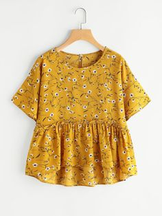 Shop Calico Print Keyhole Back Frill Hem Babydoll Blouse online. SheIn offers Calico Print Keyhole Back Frill Hem Babydoll Blouse & more to fit your fashionable needs. Blouse Fleurie, Summer Outfits, Cute Outfits, Blouse Online, Summer Shirts, Summer Blouses, Looks Style, Cute Tops, Blouse Designs