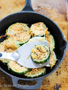 Parmesan crusted zucchini with black pepper, lemon zest and thyme. The BEST summer appetizer. Easy and delicious. Ready in 20 minutes.