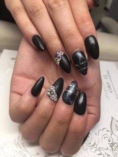 Söötti takuu 7pv. Akryyli/ Geelirakennekynnet. #raken nekynnet #rakennekynnethelsinki #acrylicnails #gelnails #nails #soottisalonki Beauty, Cosmetology