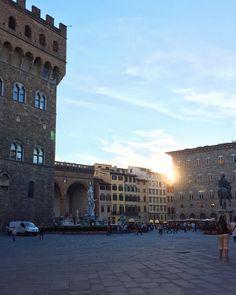 Piazza Signoria at dusk { Florence, Italy } // @allafiorentina