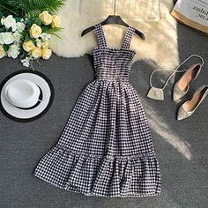 Girls Fashion Clothes, Teen Fashion Outfits, Look Fashion, Girl Outfits, Fashion Dresses, Cute Dresses For Teens, Simple Dresses, Elegant Dresses, Teen Dresses