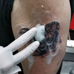 Provides ideas for tattooing women's men and tattoo designs and recommending how to heal your tattoo and protect it from scabies and other problems God Tattoos, Tattoos With Meaning, Scorpion, Tattoos For Women, Tattoo Artists, Tattoo Designs, Photo And Video, Instagram, Videos