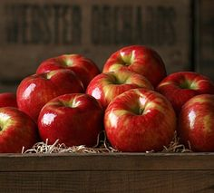 Honeycrisp Apples - 7 lb Honeycrisp Apples by The Fruit Company®You haven't truly experienced an apple until you've tried a Honeycrisp. It lives up to its name Fruit Gifts, Food Gifts, Gourmet Gifts, Gourmet Recipes, Fruit Company, Pink Lady Apples, Apple 7, Bobbing For Apples, Honeycrisp Apples