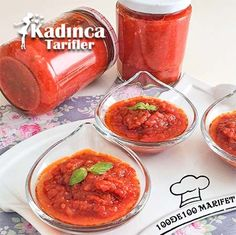 Spicy Tomato Sauce Recipe for Breakfast - Tomaten Spicy Tomato Sauce, Tomato Sauce Recipe, Sauce Recipes, Crockpot Recipes, Easy Dinner Recipes, Breakfast Recipes, Easy Meals, Jambalaya, Family Meals