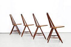 set van 4 stoelen van Yngve Ekstrom voor Nassjo stolfabrik  Pastoe UMS Omschrijving: Vier erg mooie SH45 spijlen stoele…