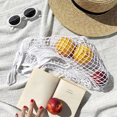 Working on those vitamins while dreaming of those almost-there vacay days!#thatsaleafFLAT