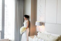 Getting ready at Four Seasons. #FourSeasons #FSWeddings #Wedding #Bride #WeddingDress #Toronto Photo: Purple Tree Photography