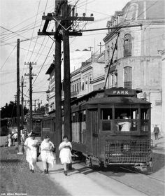 1917, calle Resinto sur. THE TRAMWAYS OF PUERTO RICO