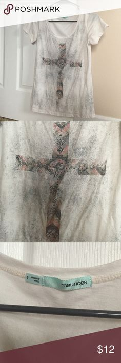 White cross bling tee from Maurice's This is a white top with grey specks and a grey/light pink cross detail. This is a very comfortable shirt for all seasons. No flaws just too small. Only worn 2-3 times. Maurices Tops Tees - Short Sleeve