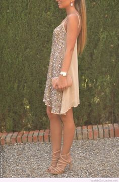Nude and golden glitter dress with accessories