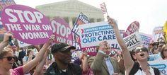 La Corte Suprema estadounidense sentenció este jueves que es legal exigir a todos los ciudadanos que contraten un seguro médico, la pieza esencial de la reforma sanitaria del presidente Barack Obama, que logró así un resonante triunfo político a cuatro meses de las elecciones.