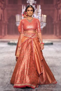 The flow of the skirt and the draped detail Choli Designs, Lehenga Designs, Saree Blouse Designs, Pakistani Formal Dresses, Indian Dresses, Indian Outfits, Bridal Lehenga Collection, Lehnga Dress, Indian Bridal Lehenga